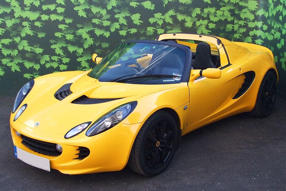 Lotus Elise R Hire